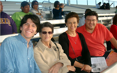 Ricardo Astrauskas, Magola Acosta de Astrauskas, Gloria Cecilia Astrauskas y Andrew Andres Astrauskas