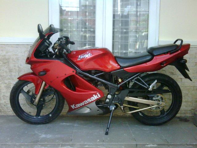 Jual Kawasaki Ninja 150 RR Tahun 2009 title=