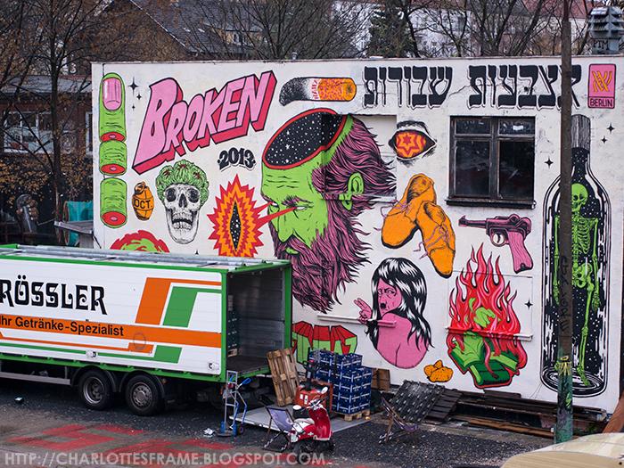 hitler graffiti, hitler graffiti Berlin, street art, street art Hitler, street art hitler berlin