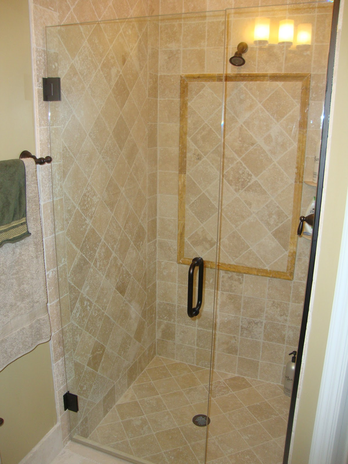 6 X 6 Bathroom Layout http://kgmarbledesignsboca1.blogspot.com/2011/10/italian-travertine-master-bathroom-and.html