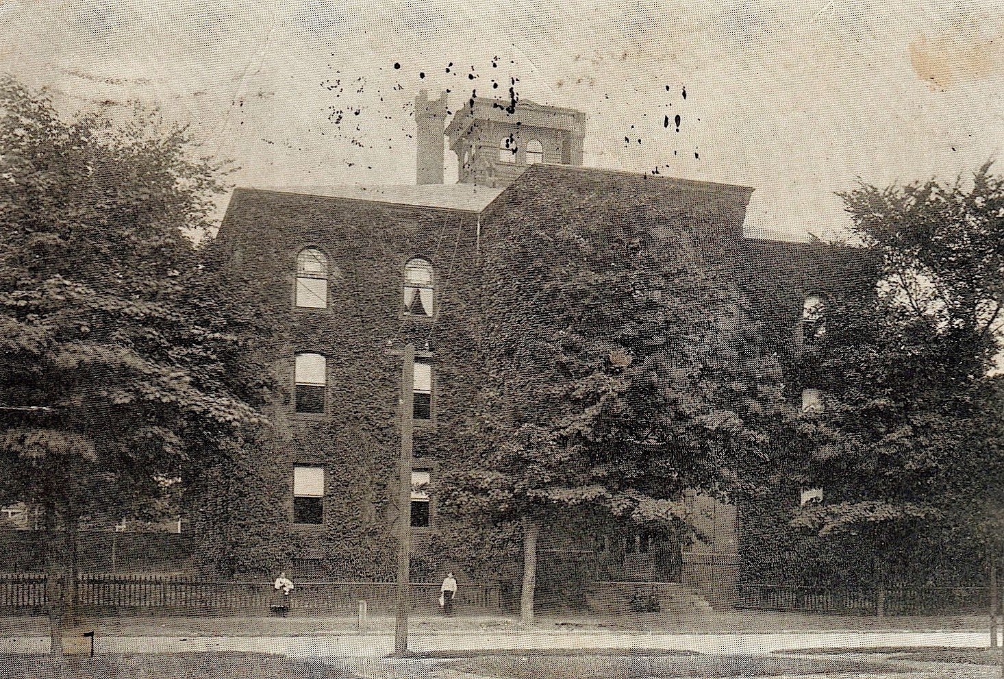 history of the city of holyoke The city of holyoke assessor is responsible for appraising real estate and assessing a property tax on properties located in city of holyoke, massachusetts you can contact the city of holyoke assessor for:.