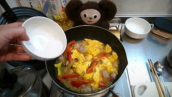 トマ玉チキンあんかけ焼きそばの作り方(4)