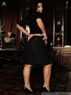 Aria_Giovanni_003_hotnwildbabes.blogspot.com.jpg