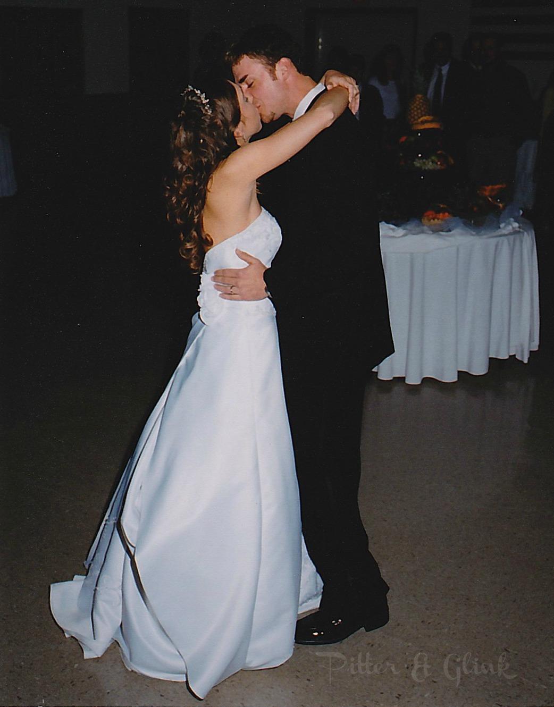 http://3.bp.blogspot.com/-QWXfbnLCM0I/URLl953NvgI/AAAAAAAADTU/T2mkXIrnyZQ/s1600/WeddingDance.jpg