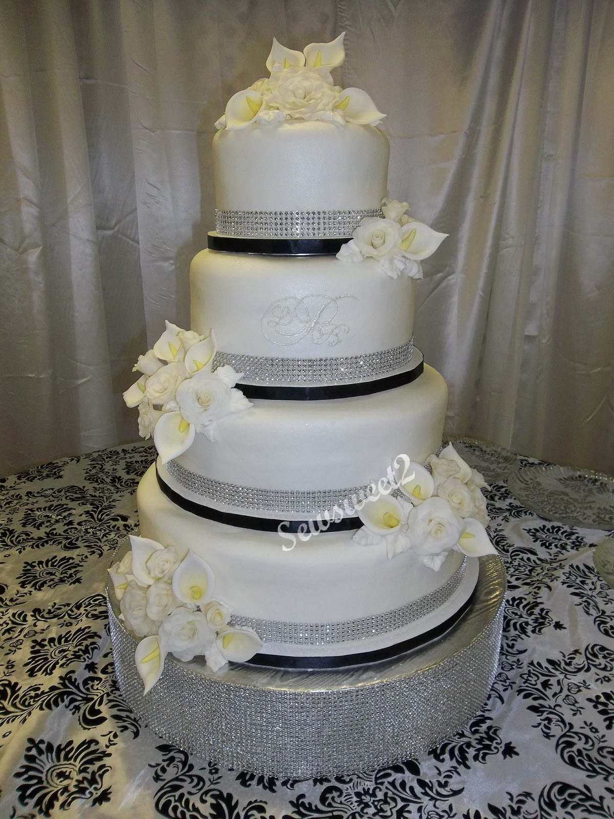 Wedding cakes Quinceanera cakes and Cakes on Pinterest