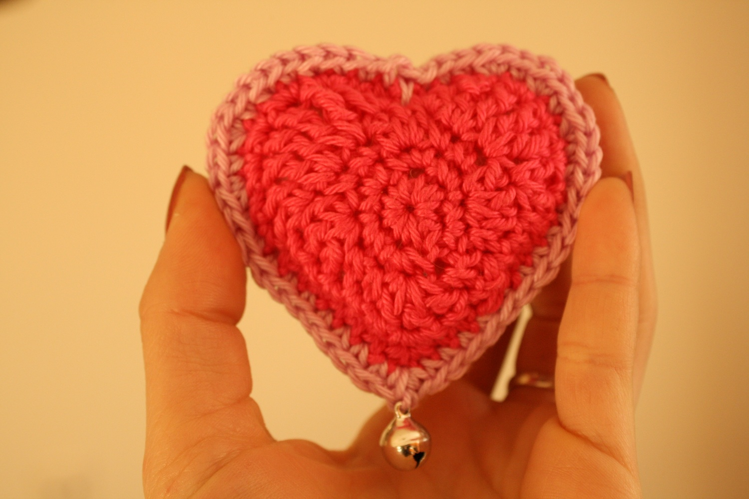 Busy fingers, busy life...: Pattern: Little Stuffed Crocheted Heart