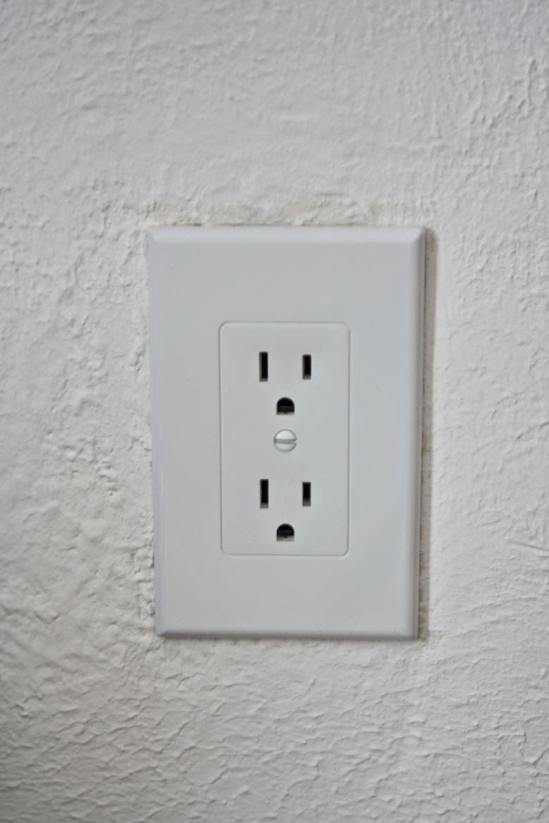 outlet cover replacement via Meet Me in Philadelphia