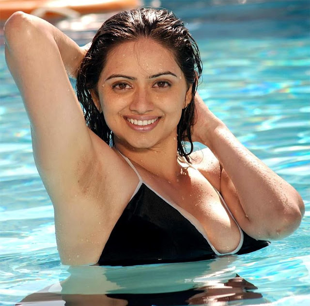 shruti marathe hot images