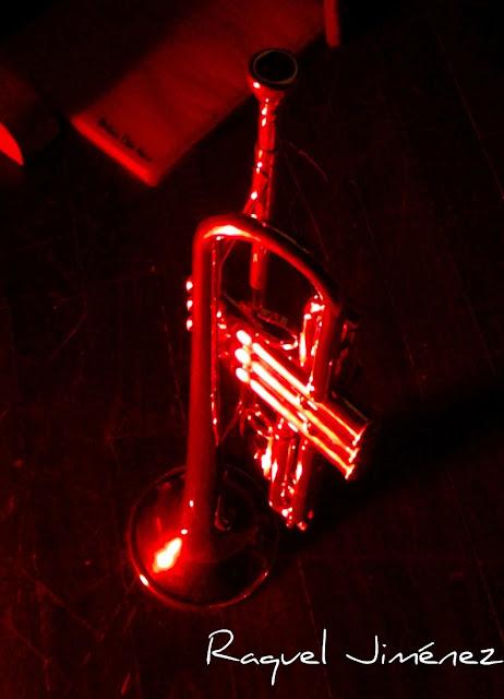 trompetas artesanas con nudos
