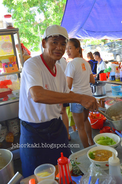 Fish-Soup-Economic-Bee-Hoon-Guang-Xing-Long-Johor-Bahru-JB-廣兴隆茶餐室
