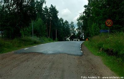 civilisation, grusväg, asfalterad väg, gräns, border, civilization, foto anders n, tsyfpl