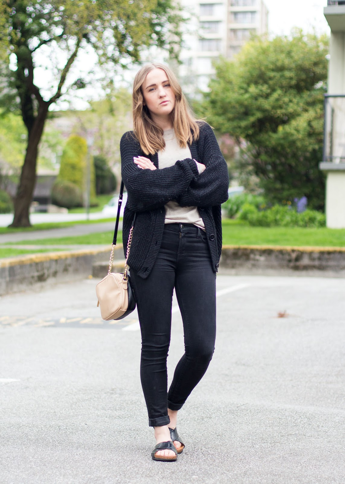 Light Spring layers in Vancouver - Fashion Blogger Outfit