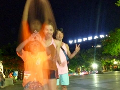 カメラのタイマーシャッターと同タイミングでのジャンプ(笑)