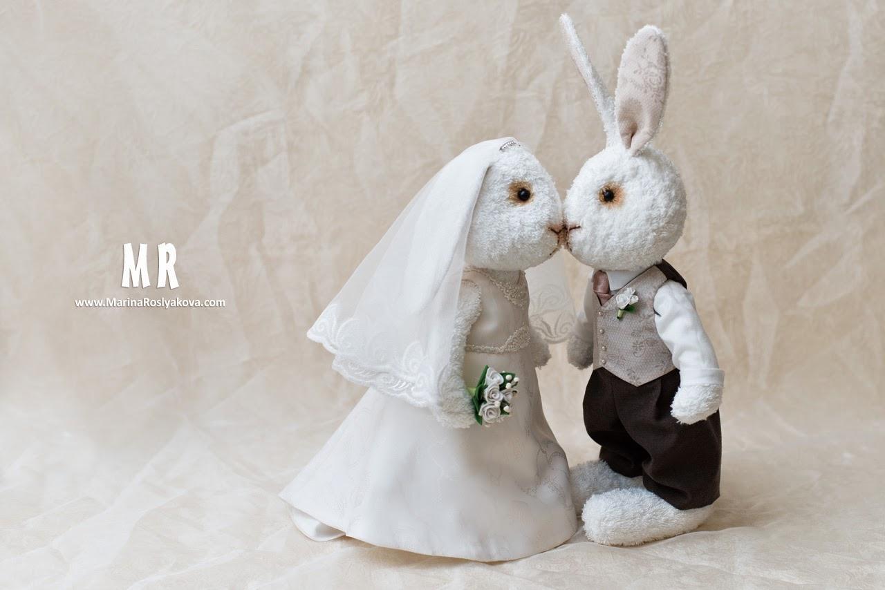 Свадебные зайцы. Игрушки ручной работы от Марины Росляковой. Подарок на свадьбу. Handmade toys. MarinaRoslyakova