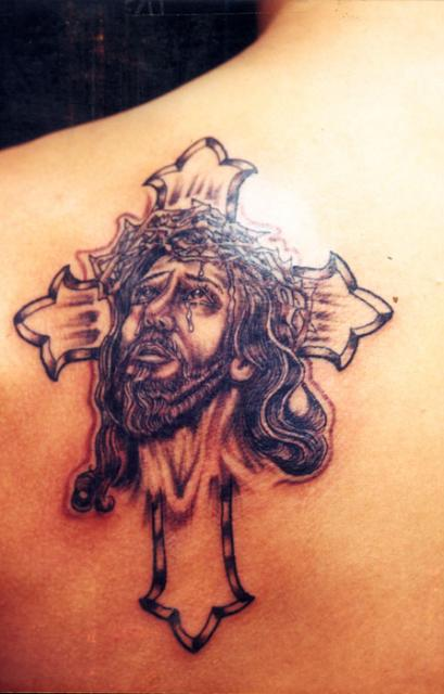 Lattest new jesus christ tattoos and cross tattoos for Tattoos of crosses with jesus