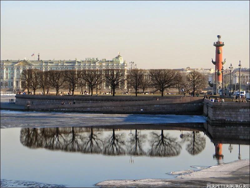 Фотографии Петербурга в отражениях