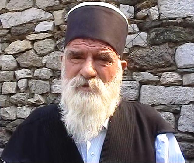 Djepat shqiptar dhe ritet tjera dhe foto historike - Faqe 6 Vlcsnap-2012-09-02-23h05m13s34
