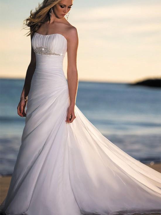 Wedding fashion elegant romantic beach wedding gowns for Wedding dress for beach wedding