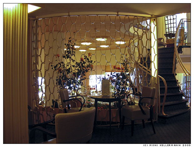 inside Café Overbeck