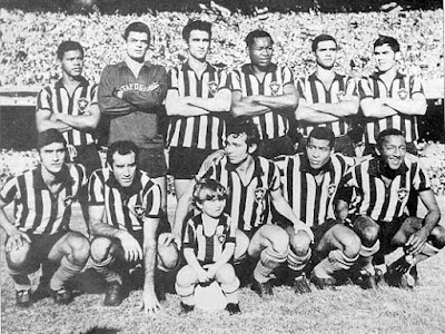 O dia em que o Botafogo fez o Flamengo dar volta olímpica de ré