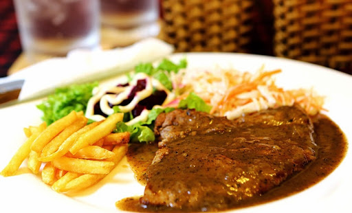 Bahan dan Resep Bistik Sapi Mentega Spesial ala Restoran dengan Pelengkapnya