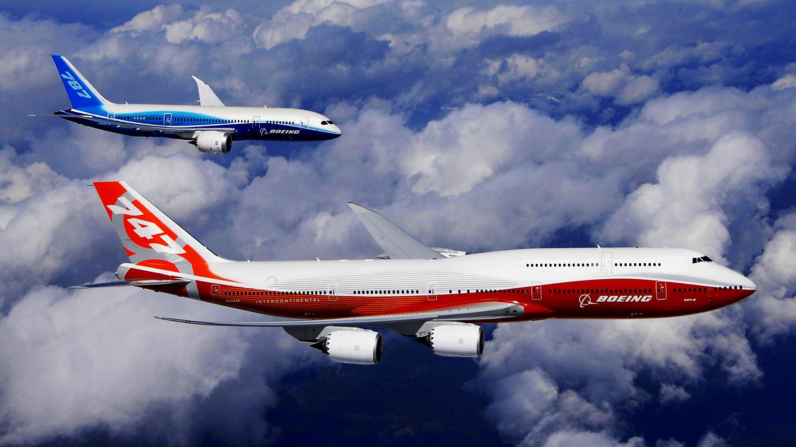 http://3.bp.blogspot.com/-QYs4M1pXrNE/TyrROcxQ2II/AAAAAAAAAgc/GiZsrqFD-2Q/s1600/Blue_and_Red_Boeing_Planes_Sky_Hd_Wallpaper-Vvallpaper.Net.jpg