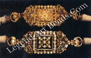 Kundan-set foiled diamonds on the front, the reverse in embossed sheet gold.