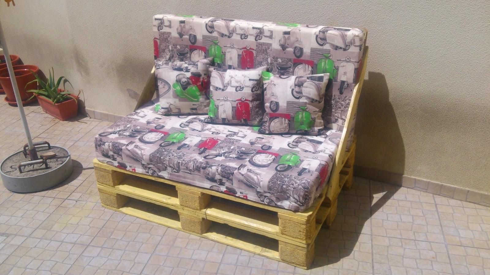 Hoje trago vos a dica de como fazer um sofá de paletes. #654534 1600x900