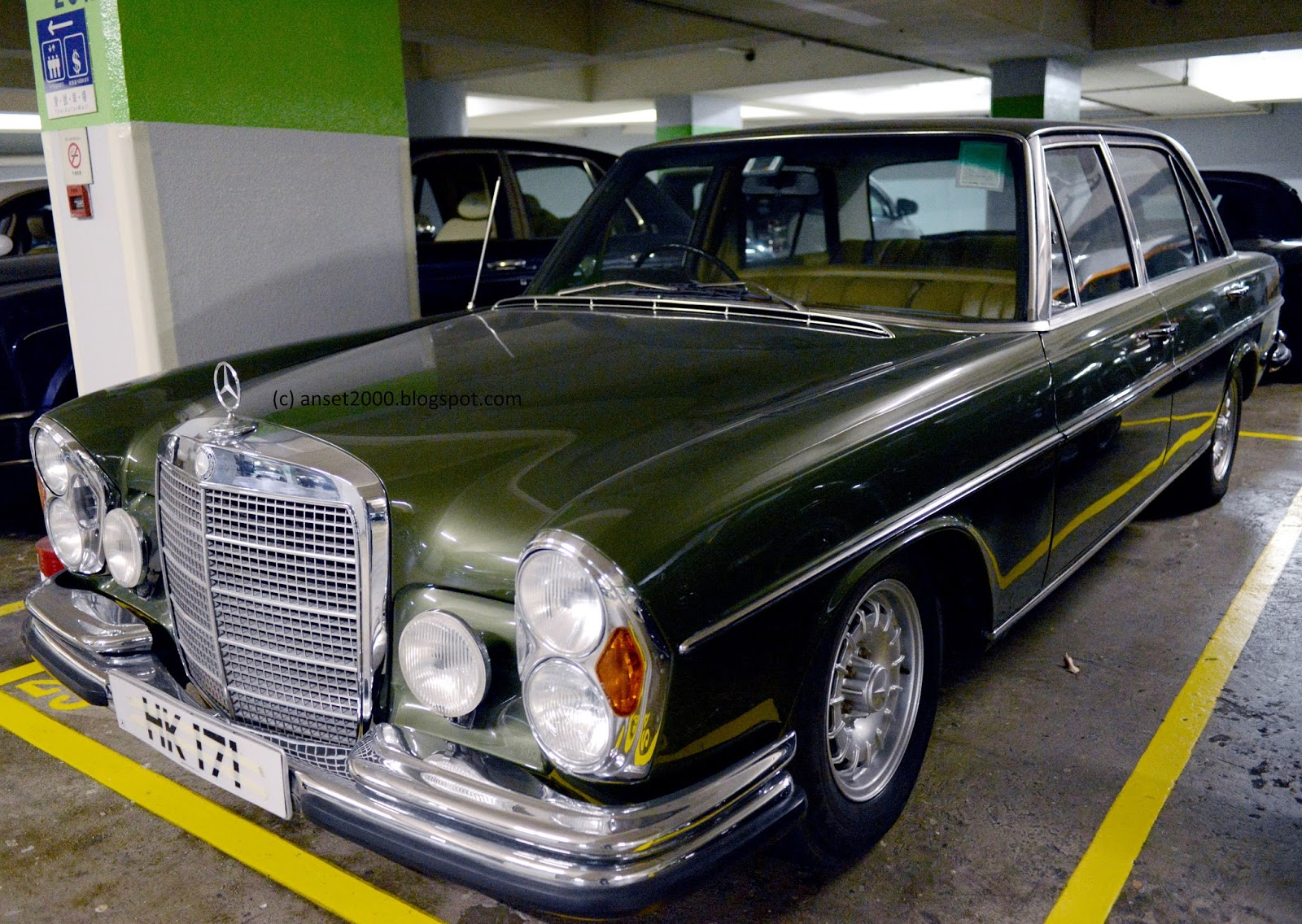 Classic Car Mercedes Sel Seen In Hong Kong Blog