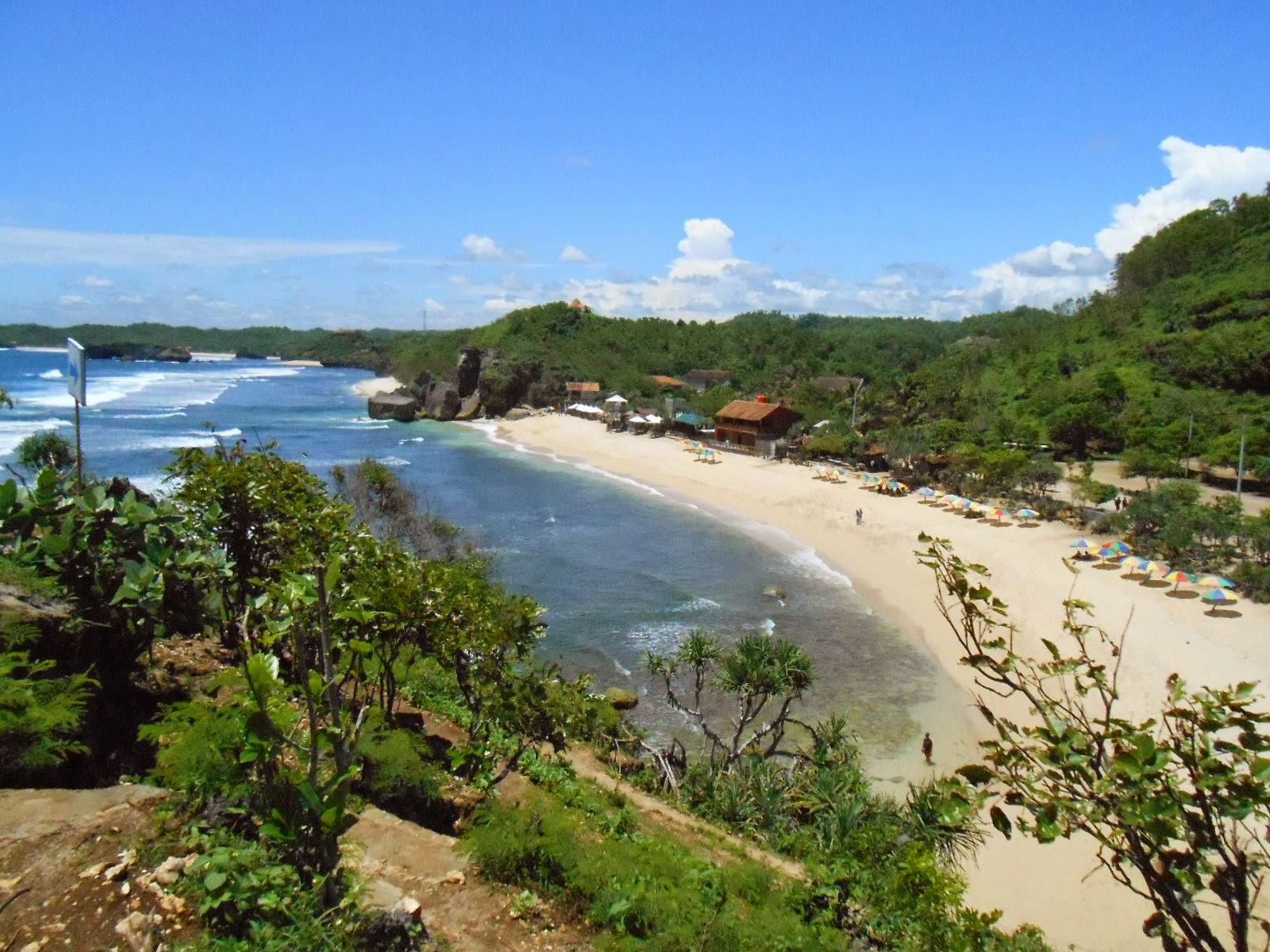 Wisata Pantai Sundak - Jogja