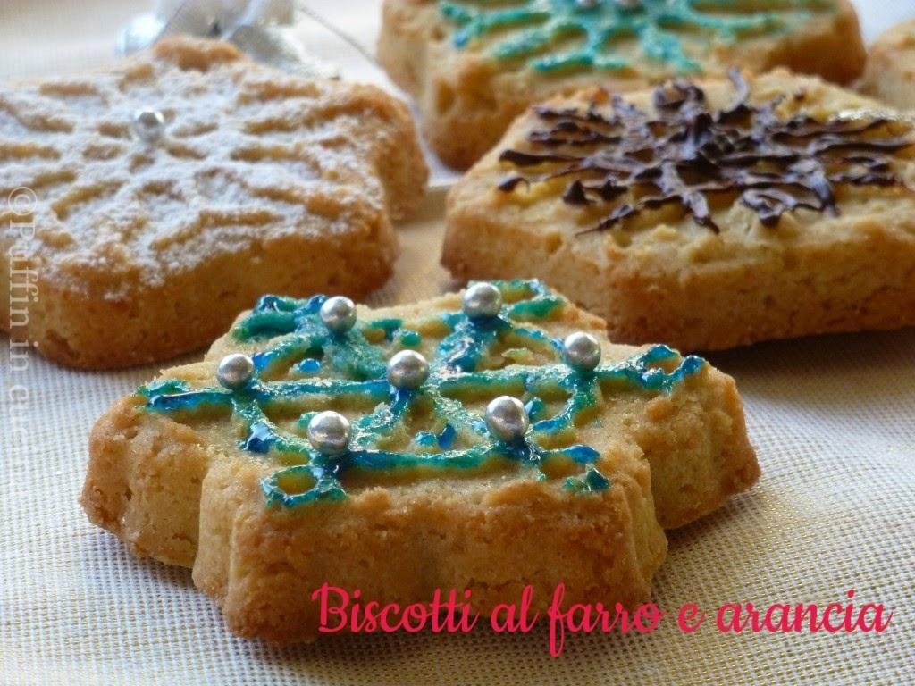 biscotti con farina di farro e arancia: dolci fiocchi di neve in attesa del natale.