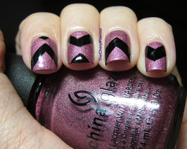 Tape Chevron Nails
