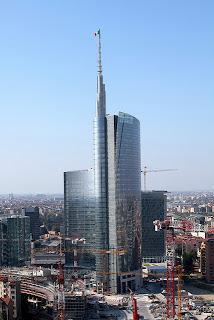 unicredit tower milano giornata fai