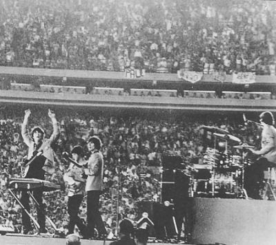 beatles live at shea stadium