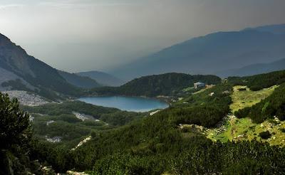 Хижа езеро Синаница Пирин планина