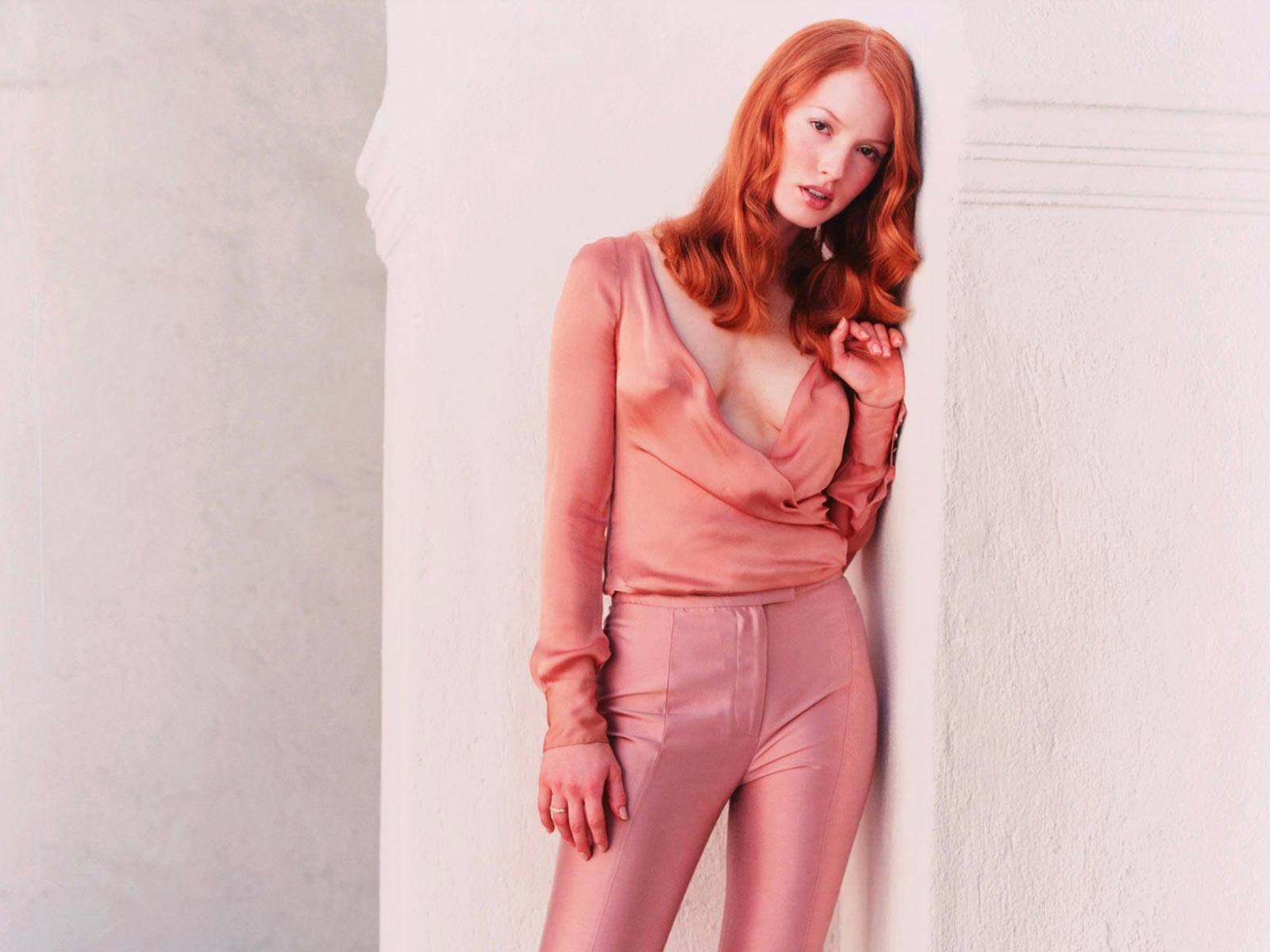 Alicia Witt Hot Pictures Photo Gallery Amp Wallpapers Hot