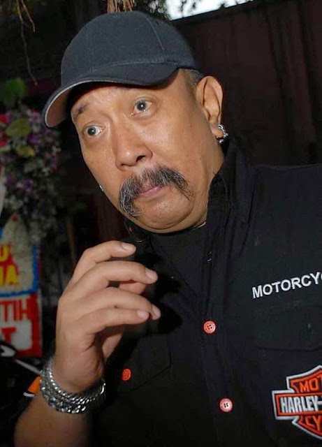 Indro Warkop photo
