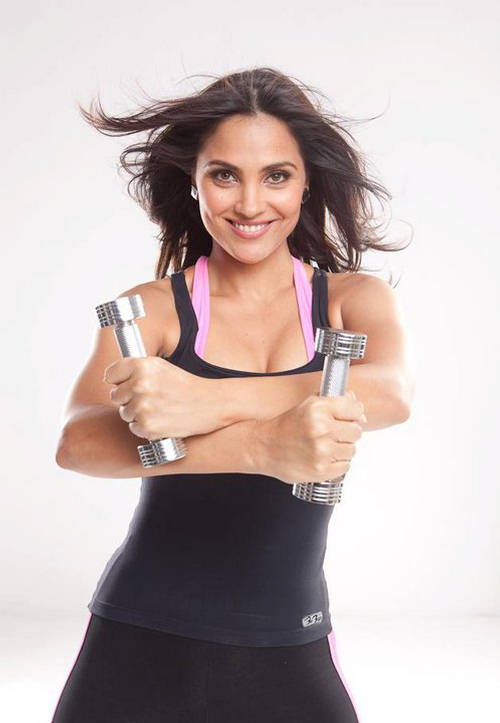 , Lara Dutta Hot Gym Pics