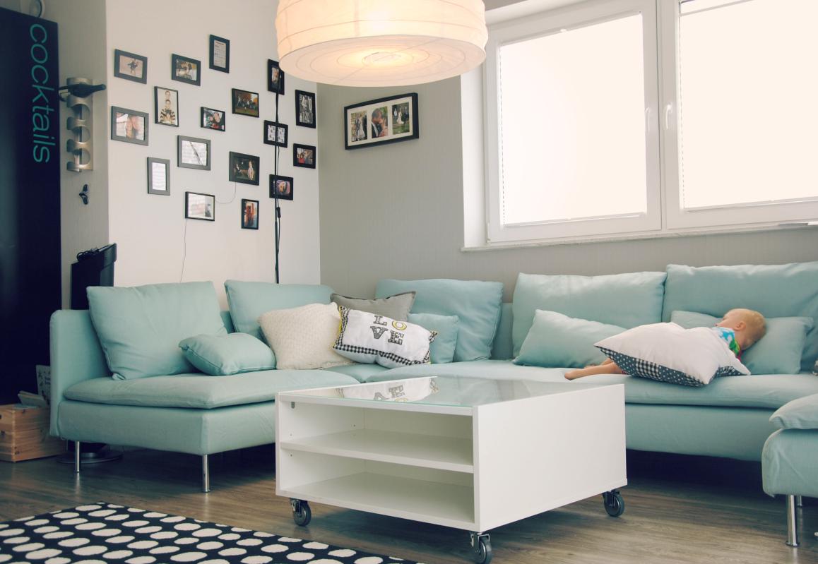 bunte knete von frl p ng endlich ein sofa. Black Bedroom Furniture Sets. Home Design Ideas