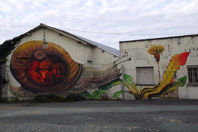 Street Art By Bastardilla and Ericailcane For Le 4eme Mur In Niort, France.