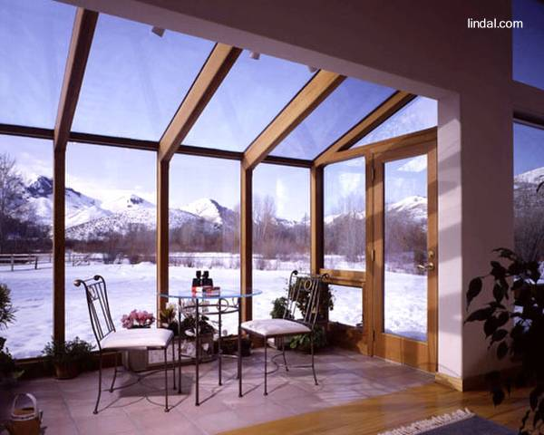 Arquitectura de casas cerramientos en cristal y madera de for Cerramiento vidrio