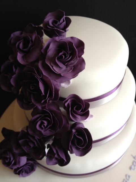 Carina s Cakes: PURPLE ROSES CASCADING WEDDING CAKE