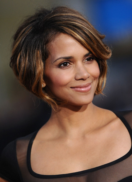 Celebrity Hairstyles Haircut Ideas: Halle Berry Chin