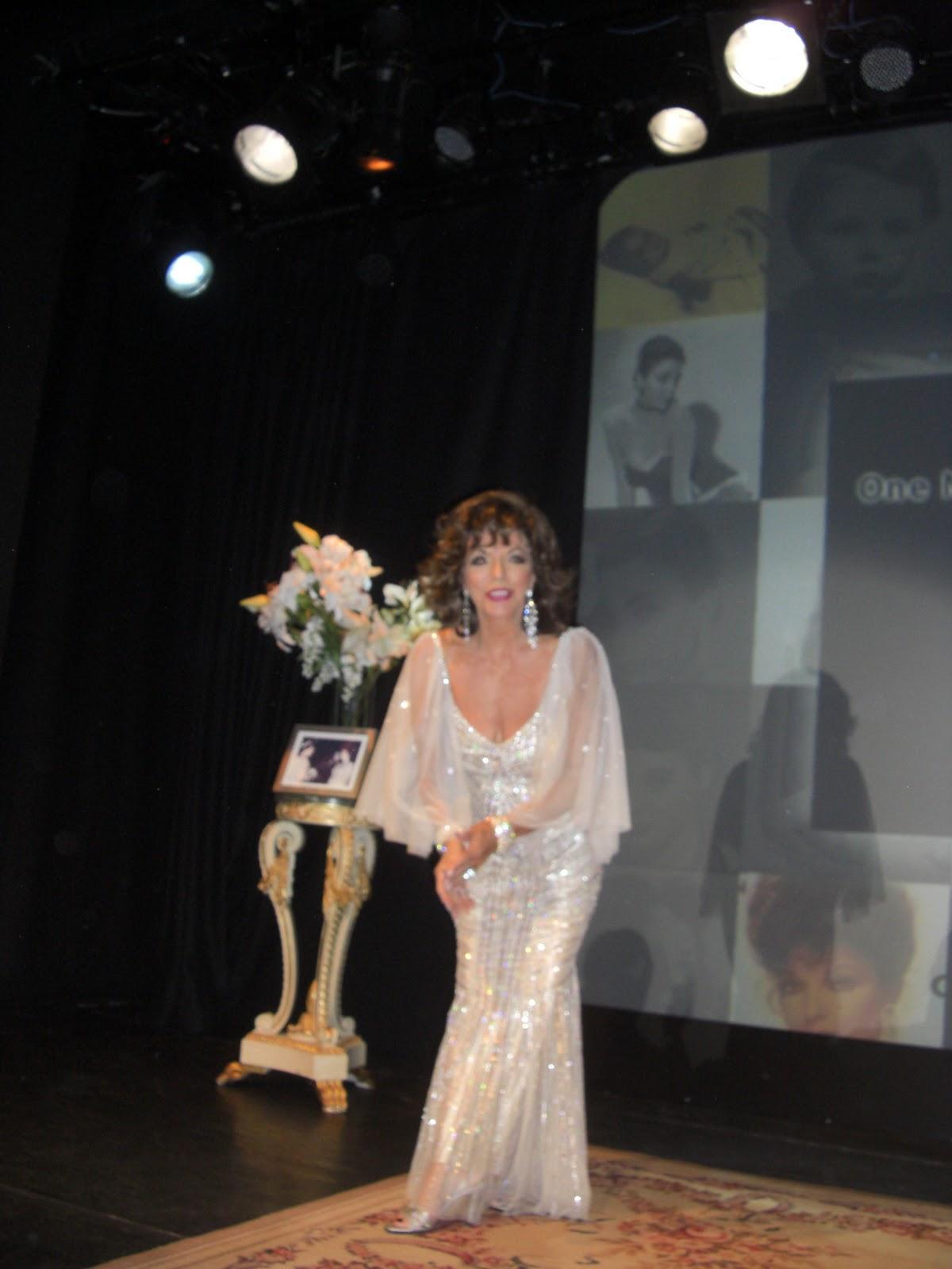 http://3.bp.blogspot.com/-Q_Yx8xsGEKk/TooN0Rmt64I/AAAAAAAAGm8/3sb0jP11WL4/s1600/1+joan+show+22.jpg