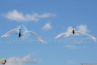 Helicopteros AH-60 Arpía desplegando Flares
