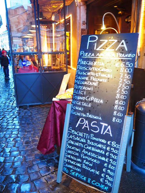 pizza, pasta, italia, italy, rooma, roma, rome, trastevere, ristorante, travel, matkat, ideas, tips, ideat, vinkit, kokemukset, matka vinkit, matka ideat, travel ideas, travel tips, travels, matkustaa, pasta, pizza, ravintola, aukio, piazza, italy, italia, rooma,