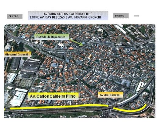 Faixa reversível exclusiva para ônibus na Avenida Carlos Caldeira Filho