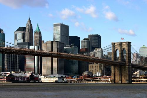 Новый бруклин и новый нью - йорк с бруклинским мостом
