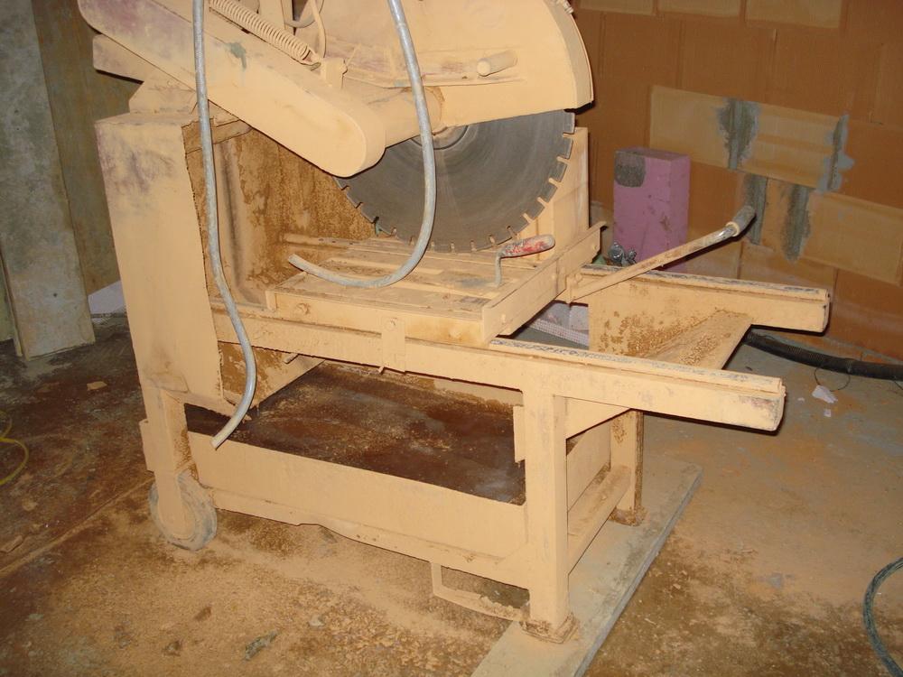 was tut sich auf malzers baustelle 12 c ist f r m rtel und schneidmaschine nix. Black Bedroom Furniture Sets. Home Design Ideas