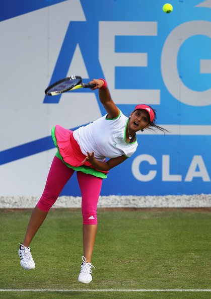 sania mirza aegon open clic - august 2011 latest photos